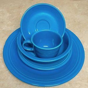 Fiestaware 5 piece set Peacock Blue